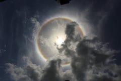un halo du soleil de phénomène optique Photographie stock