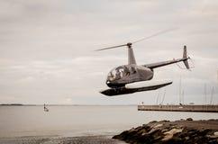 Un helicóptero Foto de archivo libre de regalías