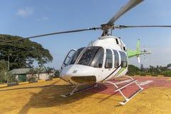 Un helicóptero fotos de archivo