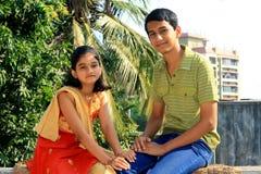 Un hermano y su hermana agradable Fotos de archivo libres de regalías