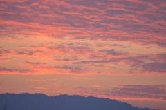 Un hermoso de la puesta del sol en tiempo de la tarde Fotos de archivo libres de regalías