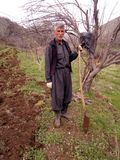 Un hombre en una granja Fotografía de archivo