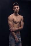 Un hombre joven muscular Fotografía de archivo