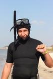 Un homme dans un costume et un masque de plongée sous-marins Photo libre de droits