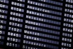 Un horario de vuelo en el aeropuerto Fotografía de archivo libre de regalías