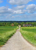 Un horizontal rural anglais avec la ferme Image libre de droits