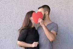 Un'immagine adorabile di due amanti immagine stock