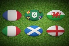 Un'immagine composita di sei palle di rugby di nazioni illustrazione vettoriale