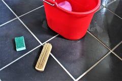 Un'immagine di concetto di pulizia del pavimento fotografia stock libera da diritti