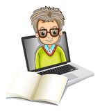 Un'immagine di un uomo dentro un computer portatile con un taccuino vuoto Fotografia Stock Libera da Diritti