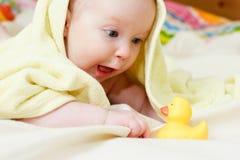 Un infante dei quattro mounth Fotografie Stock Libere da Diritti