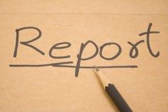 Un informe escrito. Foto de archivo libre de regalías