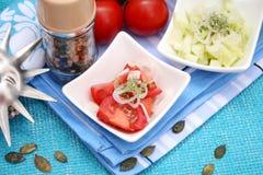 Un'insalata fresca dei pomodori Fotografia Stock