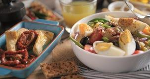 Un'insalata fresca, sana, organica del nicoise Fotografia Stock Libera da Diritti