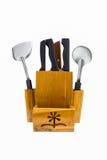 Un insieme dei coltelli di cucina in scatola di legno Immagini Stock