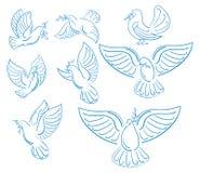 Un insieme dei piccioni del mondo con un ramo di un'oliva Raccolta delle colombe bianche volanti Logos con gli uccelli stilizzati illustrazione vettoriale