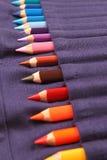 Un insieme delle matite nel pacchetto Fotografia Stock