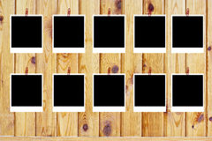 Un insieme di dieci vecchi polaroids in bianco Fotografie Stock