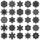 Un insieme di 25 fiocchi di neve geometrici altamente dettagliati Fotografia Stock Libera da Diritti