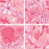 Un insieme di 4 modelli senza cuciture floreali nei colori rosa illustrazione vettoriale