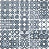 Un insieme di 25 modelli senza cuciture geometrici. Vettore. Immagini Stock