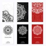 Un insieme di sei biglietti da visita Modello d'annata nel retro stile con la mandala Islam disegnato a mano, arabo, indiano, mod Fotografia Stock