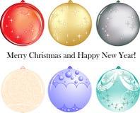 Un insieme di sei sfere come decorazione per il nuovo anno Fotografie Stock Libere da Diritti