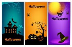 Un insieme di tre insegne verticali di Halloween illustrazione di stock