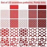 Un insieme di venti modelli senza cuciture dei pois dei pifferi Tonalità di colore rosso Tutti nello strato separato Vettore eps1 Fotografie Stock
