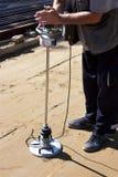Un instrumento de la ingeniería del transporte, un deflectometer ligero imagenes de archivo