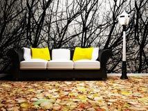 Un interiore moderno con un sofà e una lampada Immagine Stock Libera da Diritti