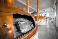 Un interno di costruzione della fabbrica di birra Fotografie Stock Libere da Diritti