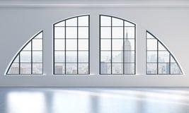 Un interno luminoso e pulito moderno vuoto del sottotetto Vista di New York City Un concetto di spazio aperto di lusso per la p c Fotografia Stock Libera da Diritti