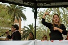 Un interprete di linguaggio dei segni Immagine Stock