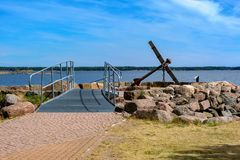 Un isolotto dell'ancora a Katariina Seaside Park in Kotka, Finlandia fotografia stock