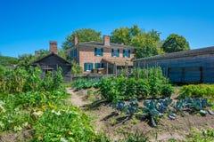 Un jardin merveilleux au village supérieur de Canada image libre de droits