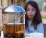 Un jarro del té Imagen de archivo libre de regalías