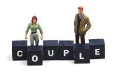 Un jeune couple dans l'amour Photo stock