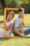 Couples dans l'amour dans la trame Photo stock