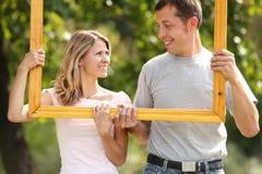 Couples dans l'amour dans la trame Photographie stock libre de droits