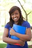 Un joli étudiant universitaire afro-américain Image stock