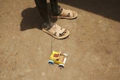 Un jouet africain de véhicule Photographie stock