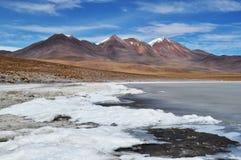 Un lac au désert Images stock