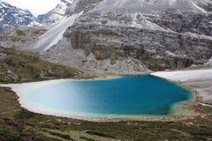 Un lac de plateau dans Tibet-1 Images libres de droits