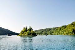 Un lac et bateaux Photographie stock