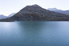 Un lago della montagna Fotografia Stock