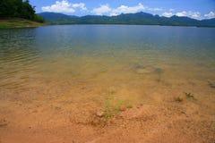 Un lago hermoso de la paz Foto de archivo libre de regalías