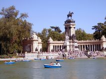 Un lago a Madrid Immagini Stock Libere da Diritti