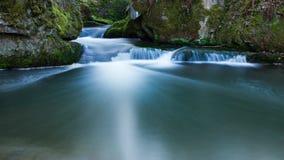 Un lagune blu in una foresta tedesca Fotografia Stock Libera da Diritti