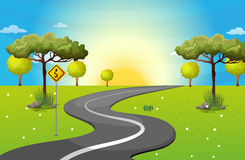 Un largo y una carretera con curvas en el bosque stock de ilustración